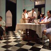 "Photographs of a rehearsal for the production, ""Contigo pan y cebolla""."