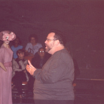 Photograph of the theatrical production, Las penas saben nadar (Miami)