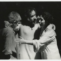 Magaly Alabau (Beatrice), Manuel Martín (Francesco) and Hortensia Colorado (Lucrezia) in the theatrical production, Francesco: The Life and Times of the Cencis