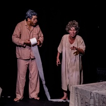 "Photographs of a rehearsal for the production, ""Dos viejos pánicos"""