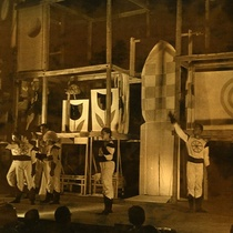 "Photograph of the production, ""El día que se robaron los colores"""