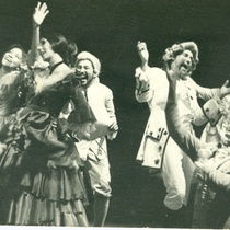 "Photograph of the production, ""Del teatro cubano se trata"" (Santiago de Cuba, 1972)"
