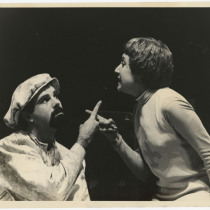 "Miguel Angel Abadía (El Rey Carlos) and Glenda Díaz Rigau (Juana), in ""La alondra"""