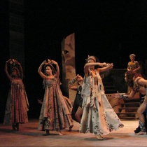 "Photograph of the Production, ""Los siete contra Tebas"""