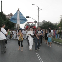 "Photograph of the procession, ""A la eterna memoria"""