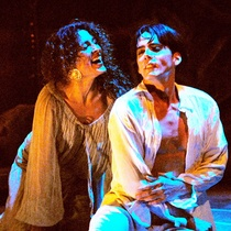 "Photograph of Déxter Cápiro (Lorca ensangrentado) and Paulina Gálvez (Lorca como mujer) in the production, ""Lorca con un vestido verde"""