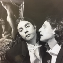 Photograph Gerardo Barrios and Juan David Ferrer in the production, El dandy del Hotel Savoy