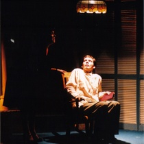 "Photograph of Déxter Cápiro (Vicente) in the production, ""El no"""