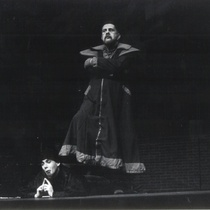 "Photograph of Déxter Cápiro (Nicleto) and Roberto Gacio (Sedicom) in the production, ""Los siervos"""