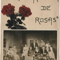 "Photographs of the production, ""El cuarto lleno de rosas"""