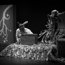 Photographs of the theatrical production, El camino del bosque