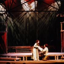 "Photograph of Déxter Cápiro in the production, ""Fuenteovejuna"""