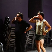 Photograph of Alberto Sarraín and Juan David Ferrer in a rehearsal of Talco