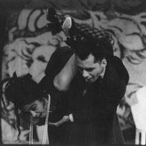 "Photograph of Déxter Cápiro and Alina Rodríguez in the production, ""La boda"""