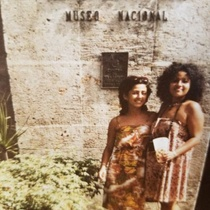 Photograph of Ana Olivarez and a Puerto Rican actress at the National Museum of Art in Havana