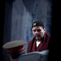 Photographs of a rehearsal for the theatrical production, Cartas de amor a Stalin