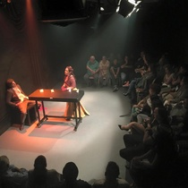 "Photographs of the production, ""La profesión de la Sra. Warren"" (Miami, 2015)"