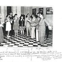 "Photograph of the production ""La máscara y el rostro"", rehearsal"