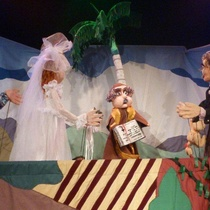 Photograph of the theatrical production, Romance en Charco Seco